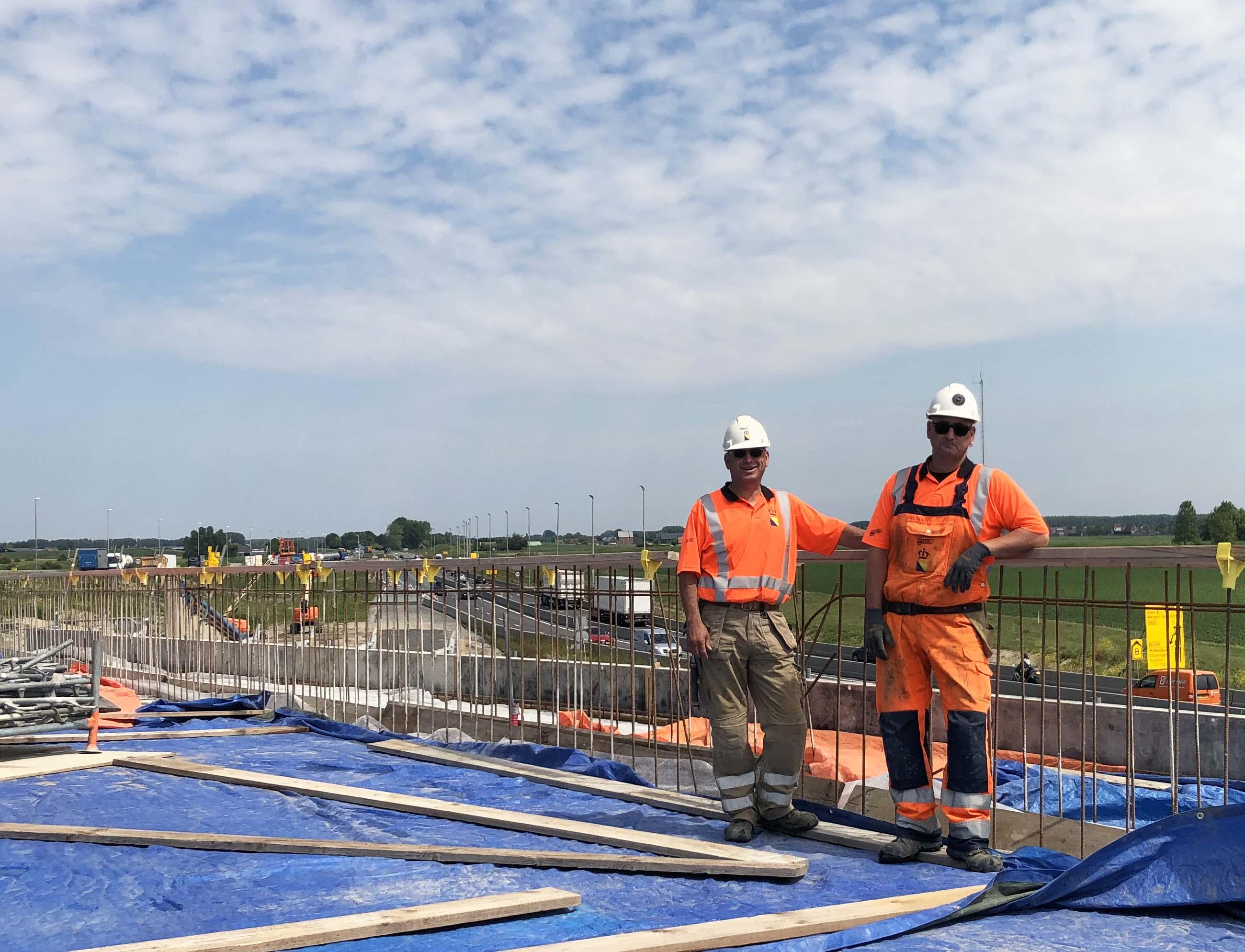 Knooppunt Sloeweg: de timmermannen op de bouwplaats