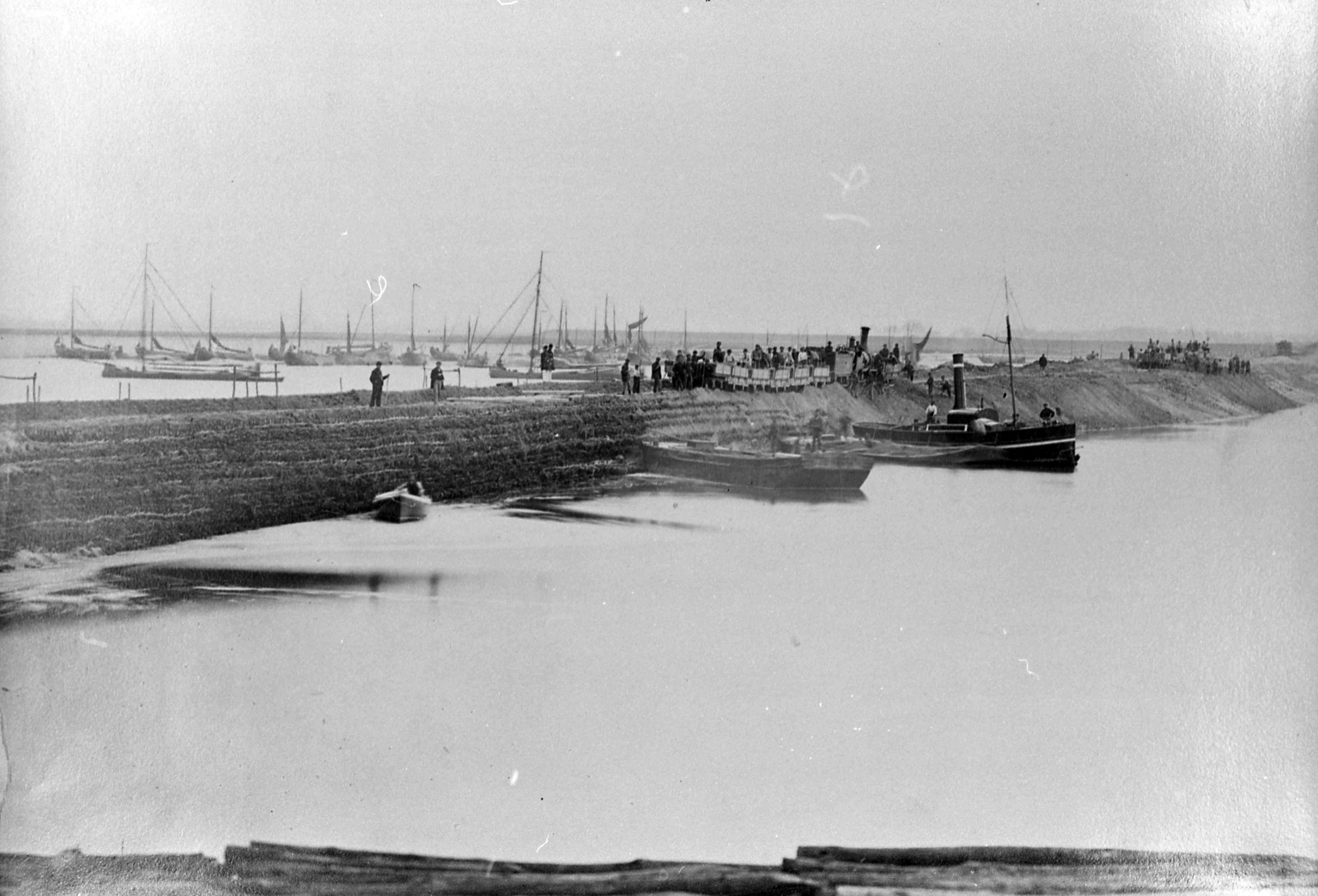 Afdamming van het Sloe rond 1871. Foto: ZB Planbureau en Bibliotheek van Zeeland Beeldbank Zeeland